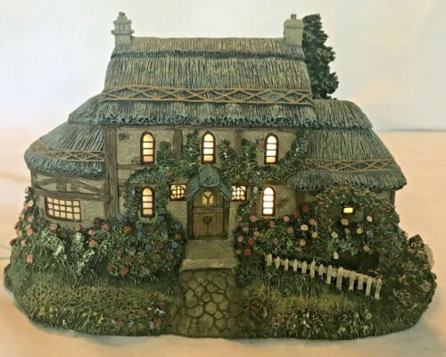 "2000 Thomas Kinkade Hawthorne Village Sculpture - ""Julianne"