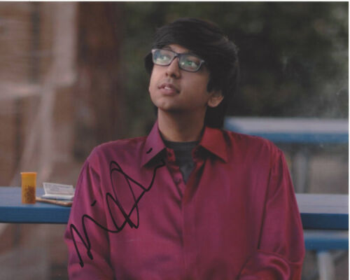 NIK DODANI SIGNED AUTHENTIC 'ATYPICAL' 8X10 PHOTO C w/COA ACTOR MURPHY BROWN