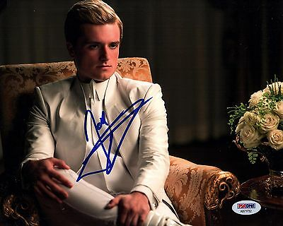 Josh Hutcherson Signed The Hunger Games 8X10 Photo  Autograph  Hunk  Psa Dna