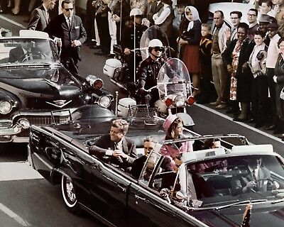 JOHN F. KENNEDY & JACKIE IN DALLAS MOTORCADE ASSASSINATION - 8X10 PHOTO (ZZ-127) Jackie Kennedy Collection