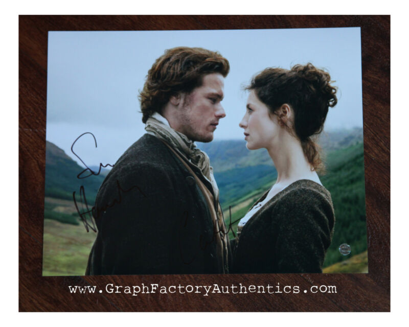GFA Outlander * SAM HEUGHAN & CAITRIONA BALFE * Signed 11x14 Photo MH1 COA