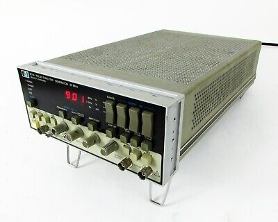 Hp 8111a Pulse Function Generator 20 Mhz With Option 001.