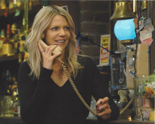 KAITLIN OLSON SIGNED IT'S ALWAYS SUNNY IN PHILADELPHIA 8x10 PHOTO C COA ACTRESS