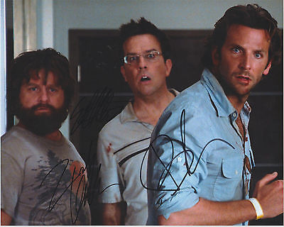Bradley Cooper Galifianakis Ed Helms Signed  Hangover  Cast Photo Autograph Auto