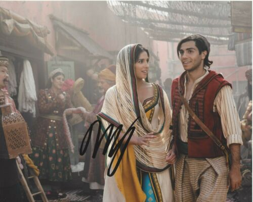 ACTOR MENA MASSOUD SIGNED ALADDIN 8x10 LIVE ACTION MOVIE PHOTO A COA 2019 PROOF