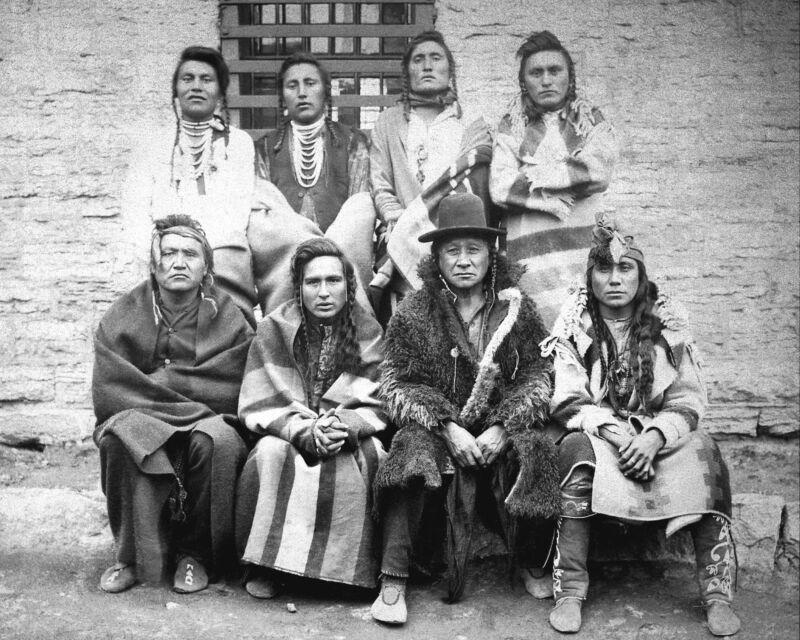1884- 8 Crow Indian Chiefs Captured Custer Battlefield-Imprisoned Ft. Snelling