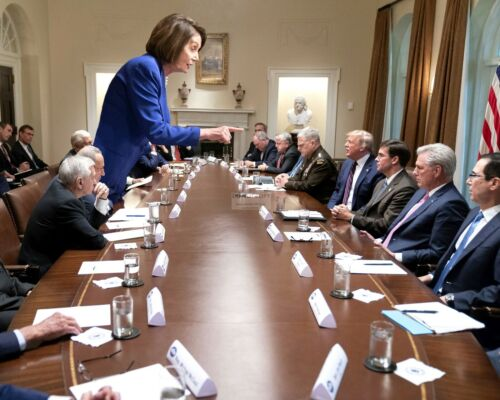 "NANCY PELOSI ""STANDS UP"" TO PRESIDENT DONALD TRUMP IN 2019 - 8X10 PHOTO (SP293)"