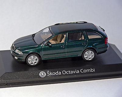 Skoda Octavia Combi Green 1:43 Norev