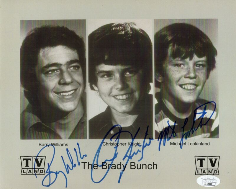 Barry Williams, Christopher Knight & Michael Lookinland Autograph 8x10 Photo Bra