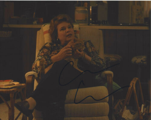 CATHERINE CURTIN SIGNED AUTHENTIC 'STRANGER THINGS' 8X10 PHOTO w/COA ACTRESS
