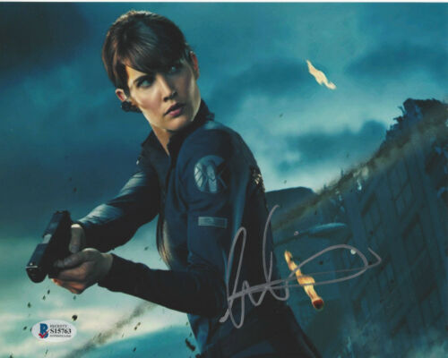 COBIE SMULDERS SIGNED 'THE AVENGERS' 8X10 PHOTO SEXY ACTRESS BECKETT COA BAS