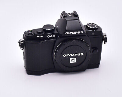 Olympus OM-D E-M5 16.1 MP Black Digital Camera Body 3896 Actuations (#5870)