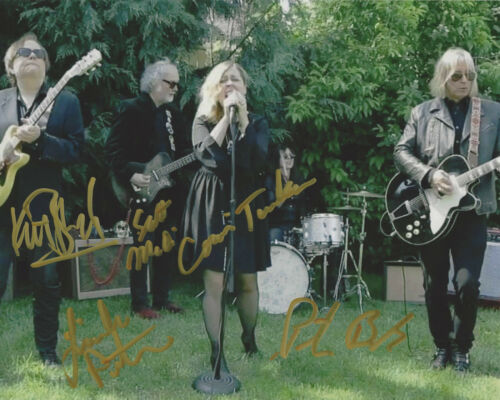 FILTHY FRIENDS BAND SIGNED AUTHENTIC 8X10 PHOTO PETER BUCK CORIN TUCKER X5 2 COA