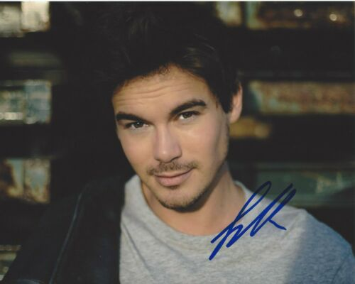 TYLER BLACKBURN SIGNED 8x10 PHOTO A w/COA PRETTY LITTLE LIARS ROSWELL NEW MEXICO