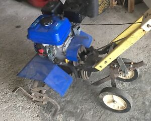 Rotating Tiller/cultivator with gas powered motor