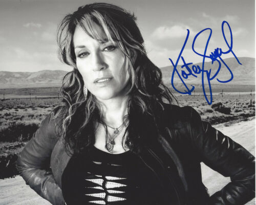 KATEY SAGAL SIGNED AUTHENTIC 'SONS OF ANARCHY' 8x10 PHOTO w/COA PROOF ACTRESS