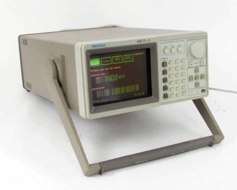 Tektronix 1241 Color Logic Analyzer - 100 MHz