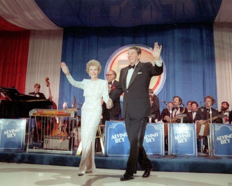 President Ronald Reagan with Nancy at 1985 Inaugural Ball 8x10 Photo