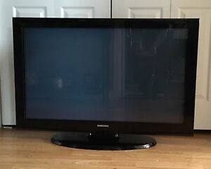"SOLD!!!! 42"" Samsung flatscreen TV"