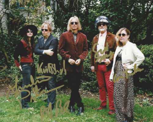 FILTHY FRIENDS BAND SIGNED AUTHENTIC 8X10 PHOTO PETER BUCK CORIN TUCKER X5 COA