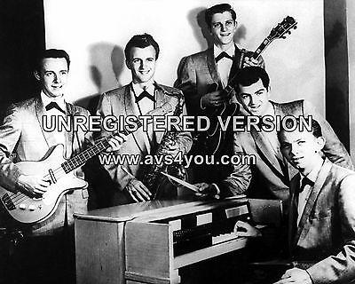 """Johnny and the Hurricanes 10"""" x 8"""" Photograph no 11"""