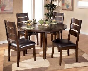 Round wooden table + 4 chairs!