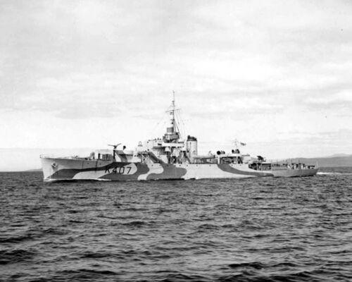 ROYAL CANADIAN NAVY FRIGATE HMCS BEACON HILL K407 WITH STATS & HISTORY SHEET