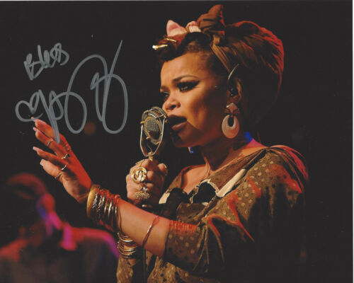 SINGER ANDRA DAY SIGNED AUTHENTIC 8X10 PHOTO w/COA CHEERS TO THE FALL PROOF