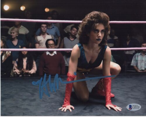 ALISON BRIE SIGNED GLOW 8x10 PHOTO! AUTOGRAPH SEXY BABE LADIES OF WRESTLING COA