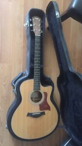 TAYLOR acoustic electric guitar