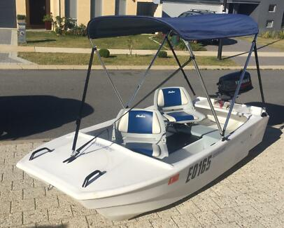 Spindrift poly dinghy with 5hp Yamaha