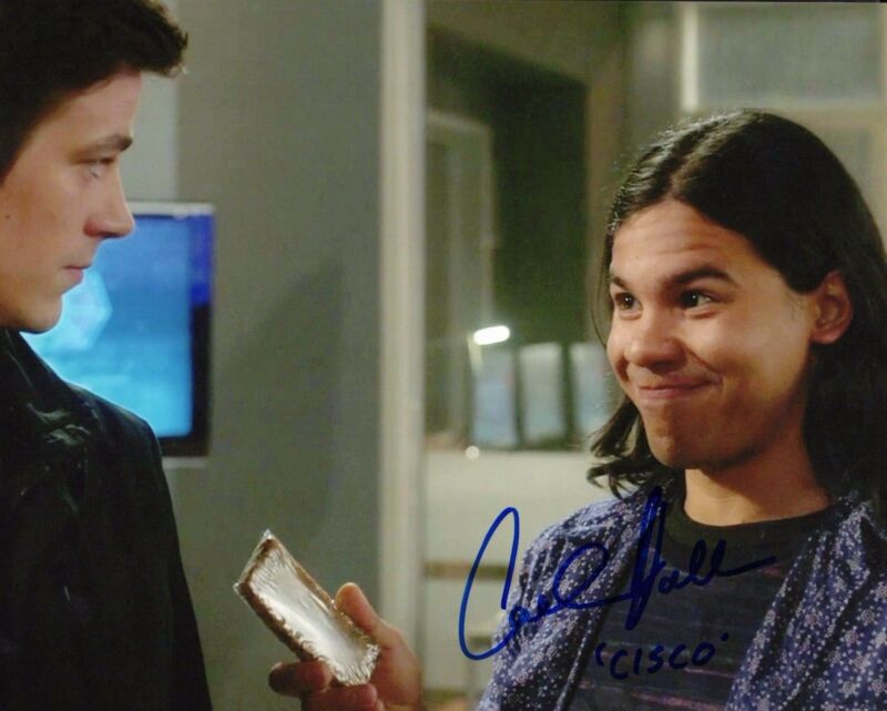 GFA The Flash-Ramon/Vibe * CARLOS VALDES * Signed 8x10 Photo EJ1 COA