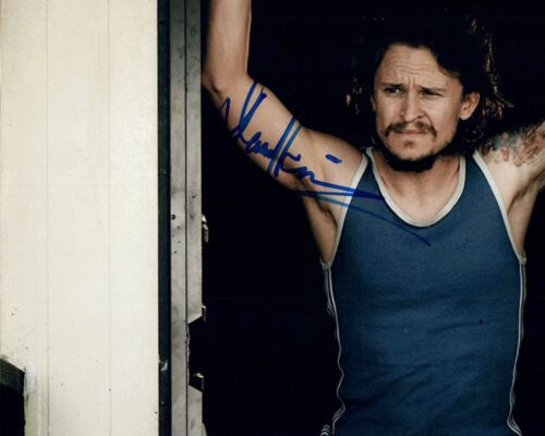 Damon Herriman Signed 8x10 Photo ONCE UPON A TIME IN HOLLYWOOD Mindhunter COA