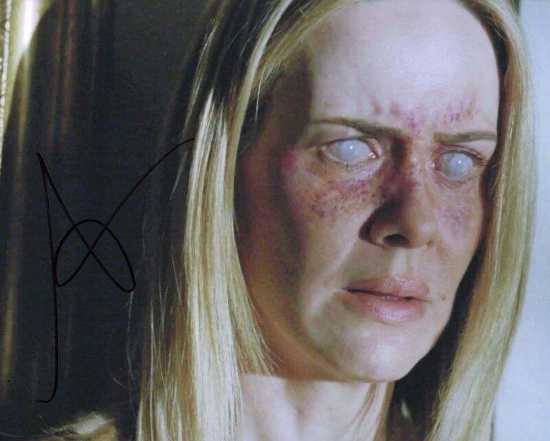 GFA American Horror Story-Billie  * SARAH PAULSON * Signed 8x10 Photo EJ2 COA