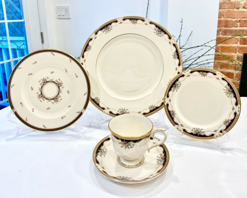 NEW In Box LENOX HARTWELL HOUSE 5 Piece Place Setting Rare Retired