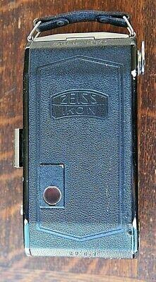 Ancien appareil photo à soufflet ZEISS IKON  Nettar 515/2