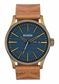 Brand new Nixon Watch. Sentry Leather 42mm. Brass/Navy/Hickory