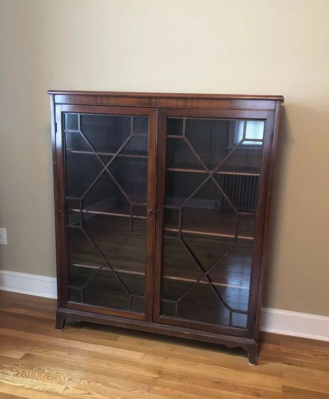 1930's Eastlake Victorian Style Bookcase With Glass Doors + Key, Mahogany
