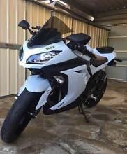2014 LAMS Kawasaki Ninja 300 ABS Adelaide CBD Adelaide City Preview