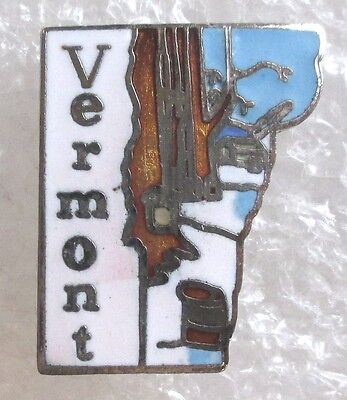 State of Vermont Map Travel Souvenir Collector Pin