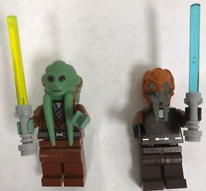 NEW LEGO STAR WARS . JEDI KIT FISTO AND PLO KOON WITH LIGHTSABER MINIFIGURE