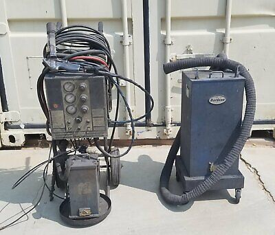 Nordson Npe Cc8 Powder Coating Machine With Gun And 2 Hoppers - Needs Work