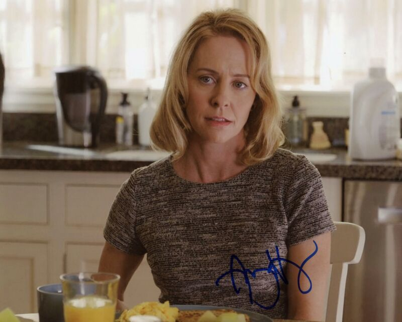 """Amy Hargreaves """"13 Reasons Why"""" AUTOGRAPH Signed 8x10 Photo B ACOA"""