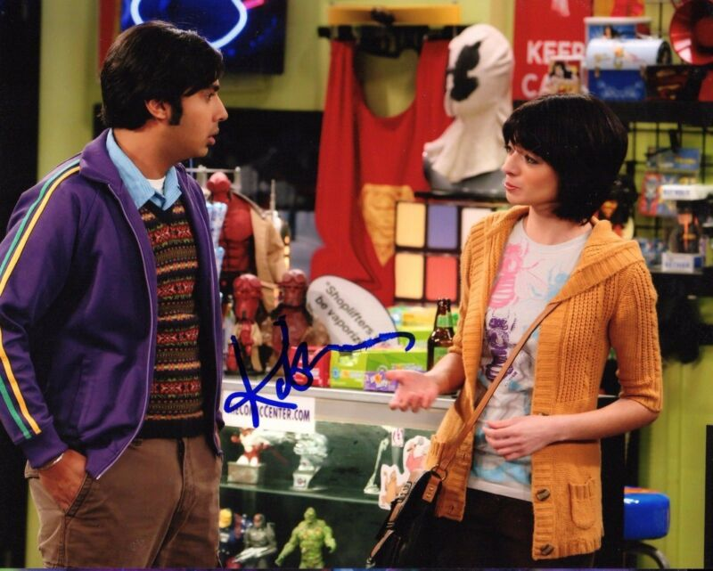 GFA The Big Bang Theory Lucy * KATE MICUCCI * Signed 8x10 Photo MH3 COA