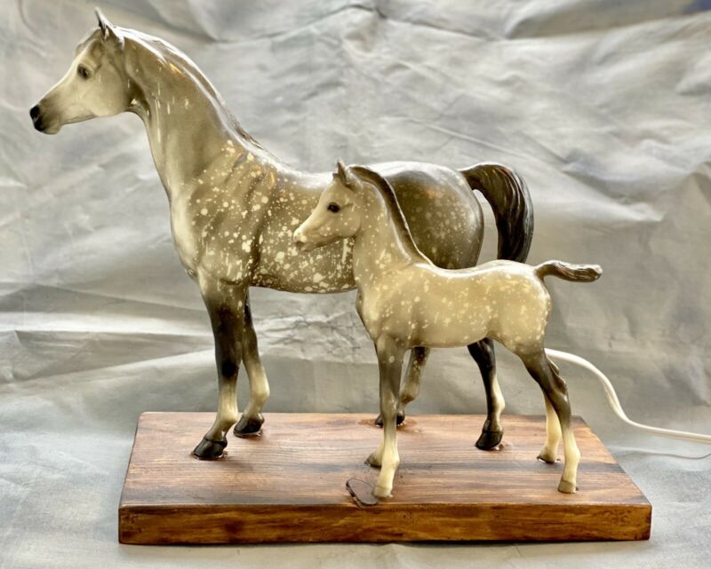 Breyer Vintage Proud Arabian Arab Mare & Foal Custom CM Night Light Wooden Base