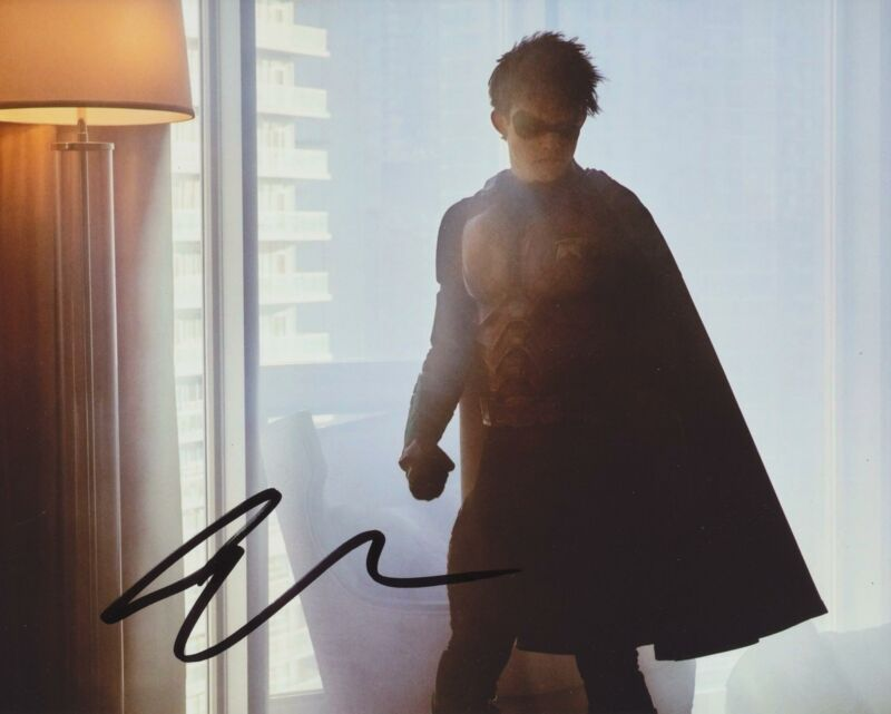 CURRAN WALTERS SIGNED TITANS 8X10 PHOTO 3