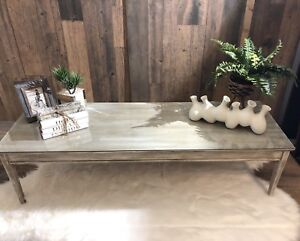 Pending sold - Coffee table with 2 end tables