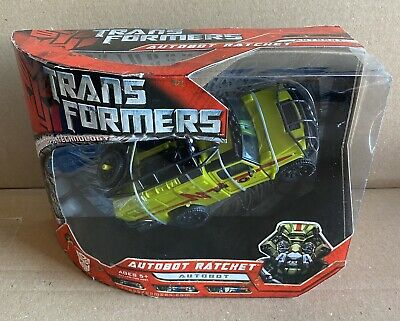 Transformers 2007 Movie Voyager Class Autobot Ratchet Figure Sealed
