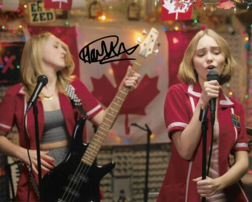 HARLEY QUINN SMITH SIGNED 8x10 PHOTO EXACT PROOF COA AUTOGRAPHED YOGA HOSERS