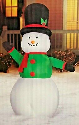 NEW GIANT 9 FT TALL X 5 FT WIDE LED CHRISTMAS SNOWMAN INFLATABLE BY GEMMY